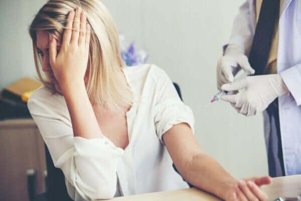 첨단공포증 또는 바늘에 대한 비이성적인 두려움