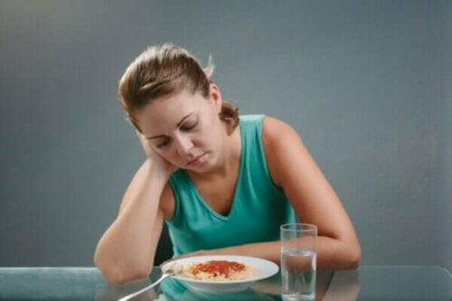 식욕 상실을 유발하는 원인은 무엇이 있을까?