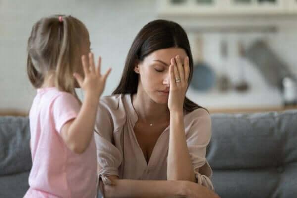 아이가 떼쓸 때 화를 참는 방법