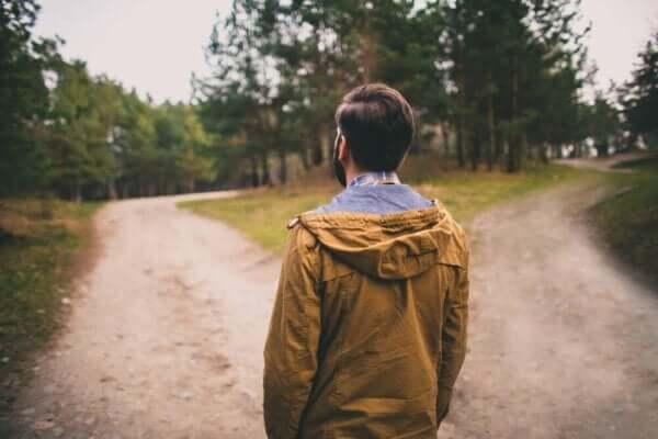 애정의 양가감정은 우리가 결정을 내리도록 만든다