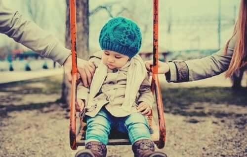 양육권 문제가 아이들에게 어떠한 영향을 미칠까?