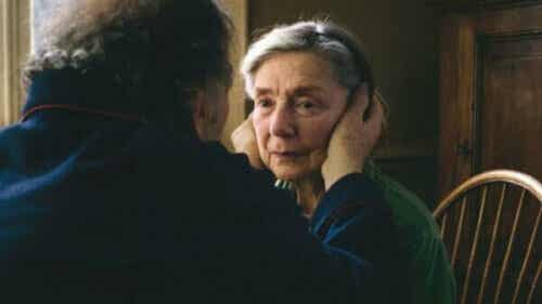 알츠하이머병을 훌륭히 묘사한 영화 5편