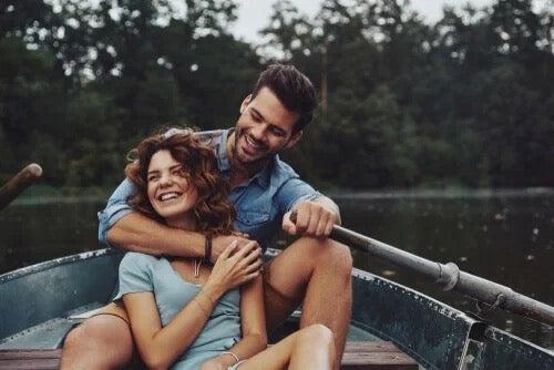 컬러 휠 이론: 사랑의 종류에는 어떤 것들이 있을까?